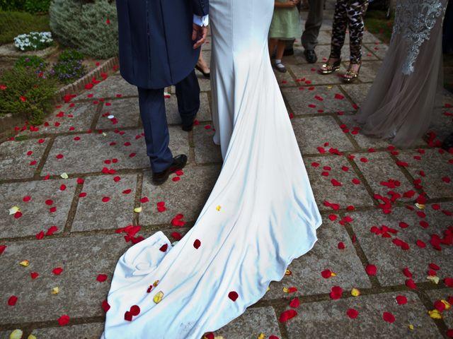 La boda de Juampe y Cris en A Baña, A Coruña 20
