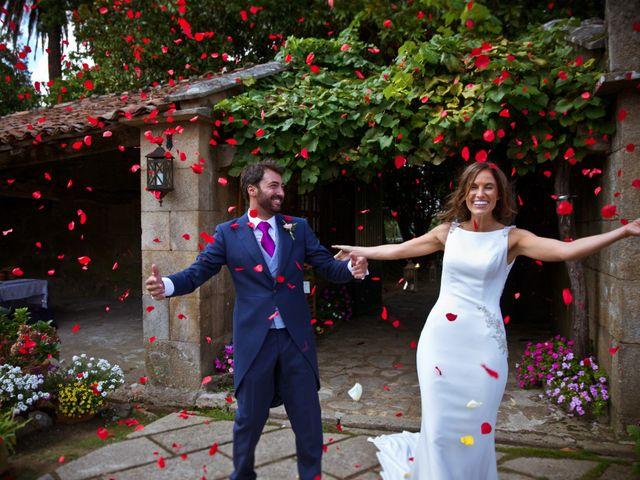 La boda de Juampe y Cris en A Baña, A Coruña 22