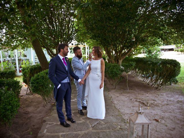 La boda de Juampe y Cris en A Baña, A Coruña 23