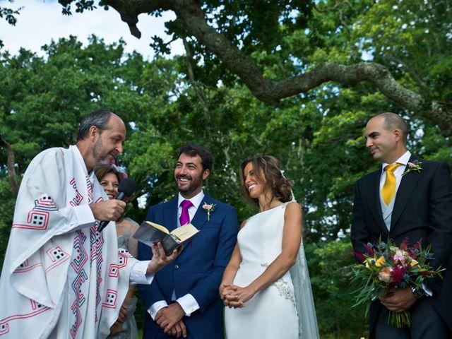 La boda de Juampe y Cris en A Baña, A Coruña 35