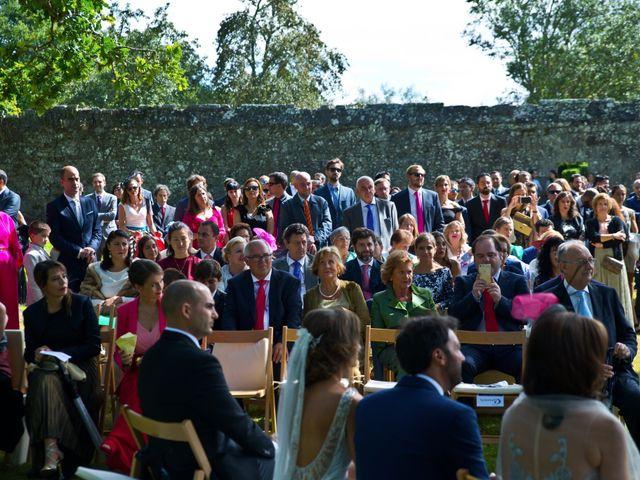 La boda de Juampe y Cris en A Baña, A Coruña 37
