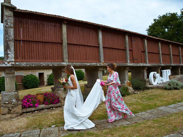 La boda de Juampe y Cris en A Baña, A Coruña 40