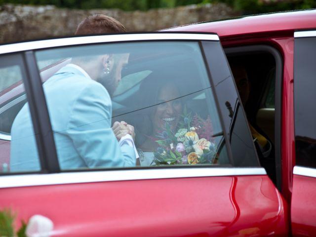 La boda de Juampe y Cris en A Baña, A Coruña 42