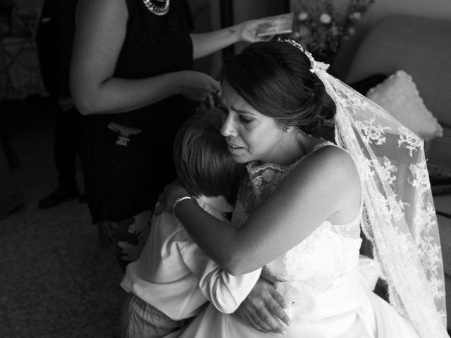 La boda de Juan Diego y Elisabet en Fuengirola, Málaga 10