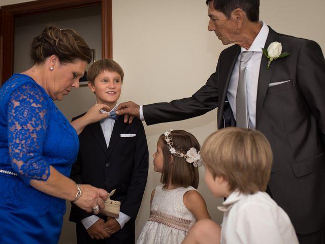 La boda de Juan Diego y Elisabet en Fuengirola, Málaga 11