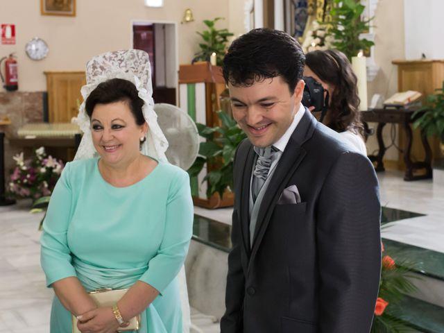 La boda de Juan Diego y Elisabet en Fuengirola, Málaga 15