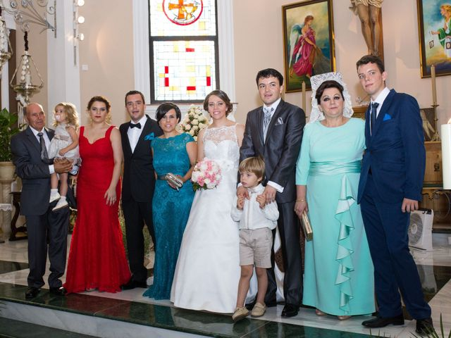 La boda de Juan Diego y Elisabet en Fuengirola, Málaga 22