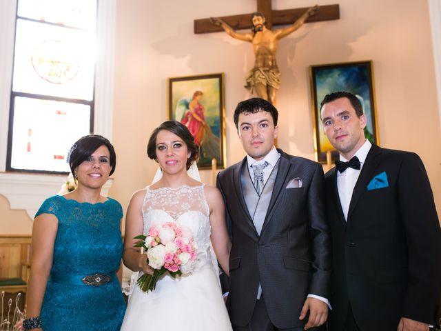 La boda de Juan Diego y Elisabet en Fuengirola, Málaga 23
