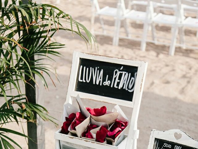 La boda de Juanito y Rebeca en Malgrat De Mar, Barcelona 23
