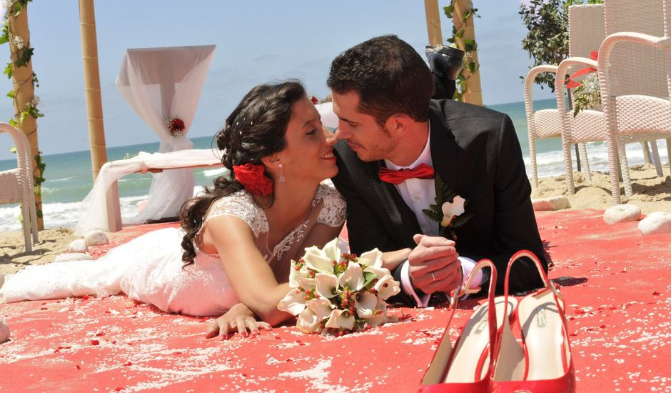 La boda de Raúl y Maribel en El Palmar, Cádiz