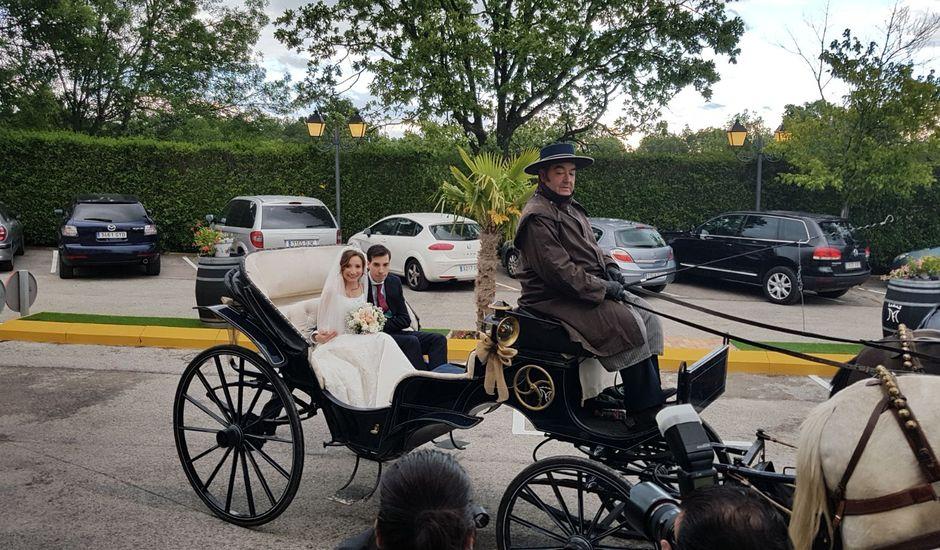 La boda de Fernando y Alma en Miraflores De La Sierra, Madrid