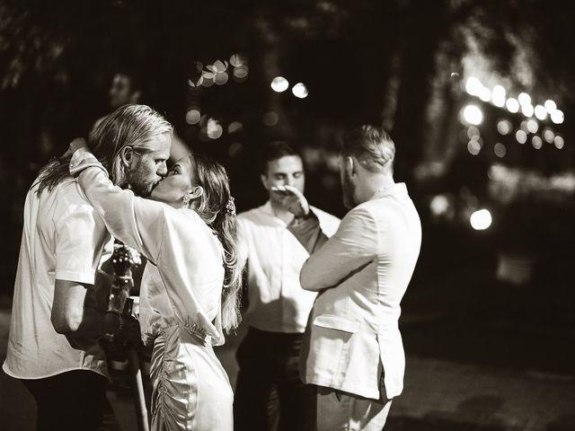 La boda de Sindri y Sergio en Picanya, Valencia 175