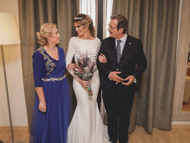 La boda de Mara y Fermín en Sevilla, Sevilla 40