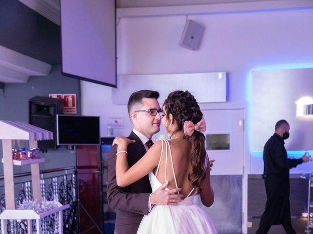 La boda de Kevin y Julia en Petrer, Alicante 25