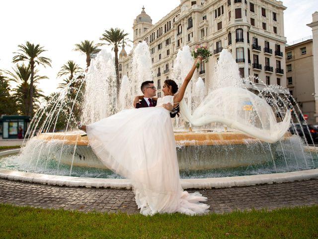 La boda de Kevin y Julia en Petrer, Alicante 42