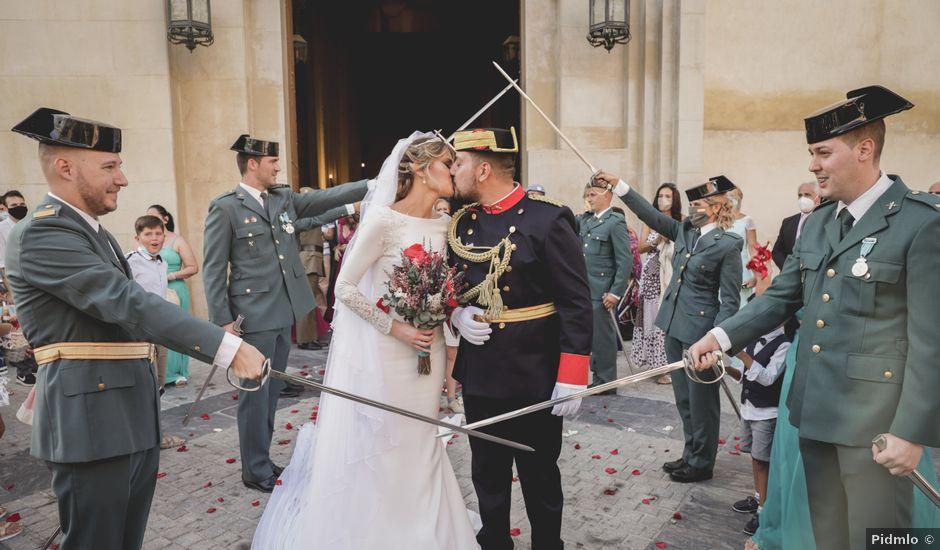 La boda de Mara y Fermín en Sevilla, Sevilla