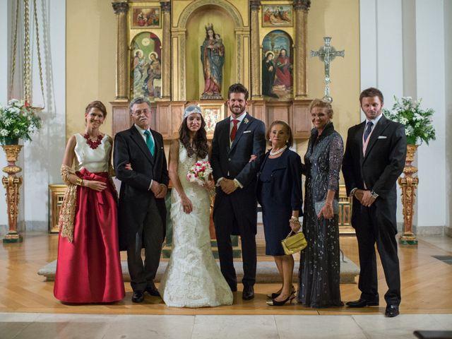 La boda de Carlos y Paloma en Boadilla Del Monte, Madrid 13