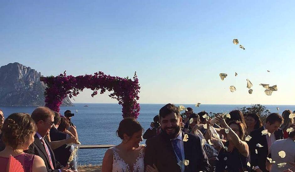 La boda de Pablo y Clara en Eivissa, Islas Baleares