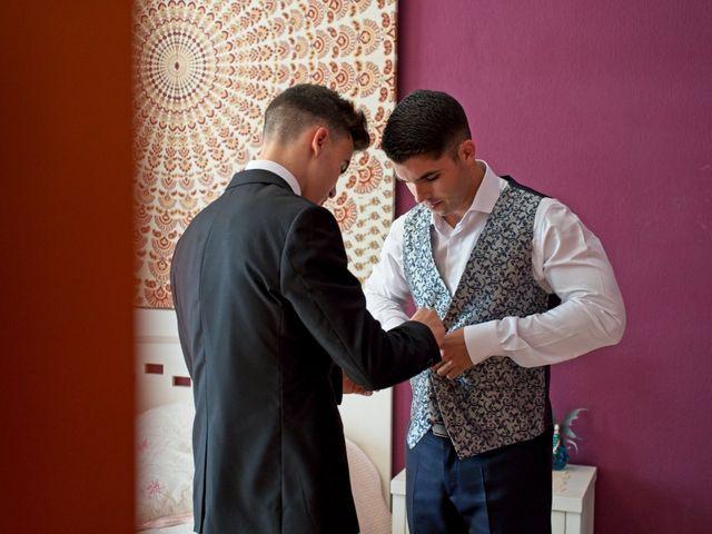 La boda de Carlos y Librada en Almoradí, Alicante 1