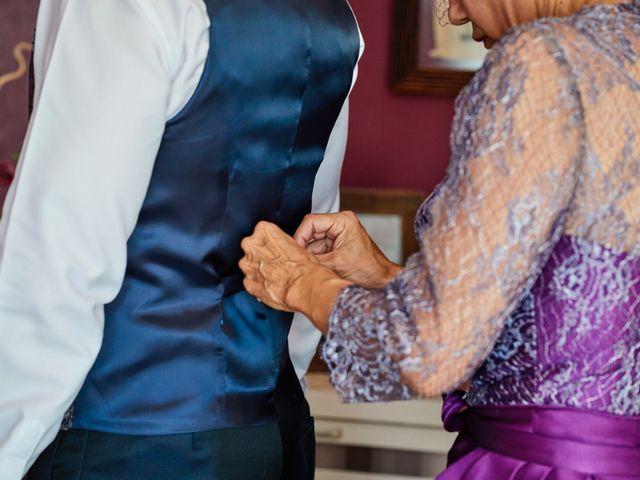 La boda de Carlos y Librada en Almoradí, Alicante 11