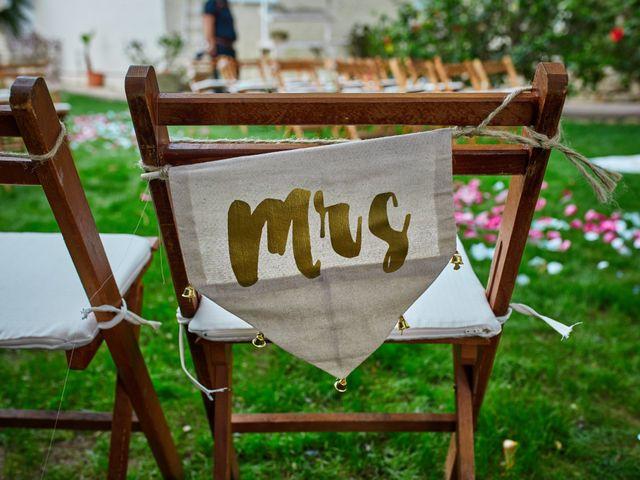 La boda de Carlos y Librada en Almoradí, Alicante 28