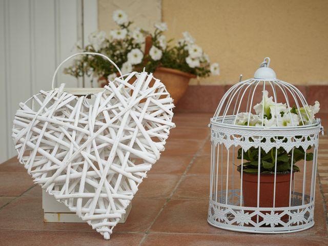 La boda de Carlos y Librada en Almoradí, Alicante 46