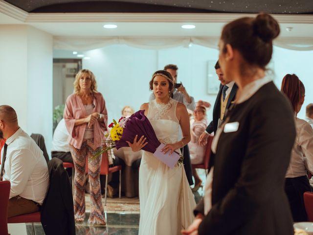 La boda de Javier y Raquel en Córdoba, Córdoba 99