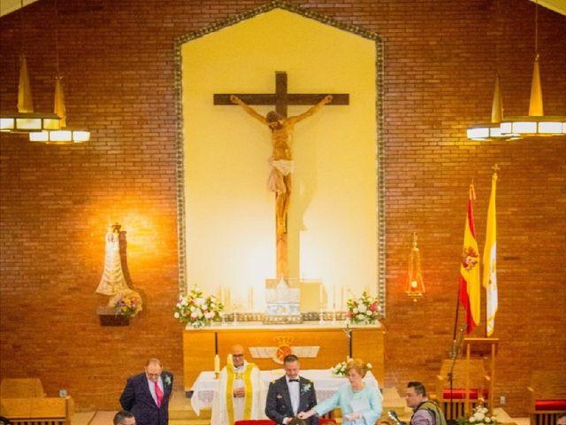 La boda de Héctor  y Juby en Torrejón De Ardoz, Madrid 5