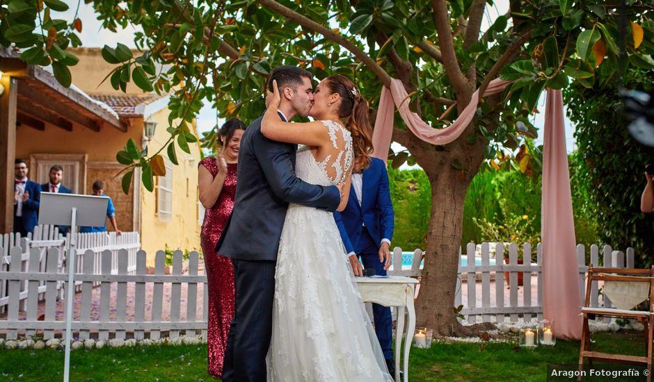 La boda de Carlos y Librada en Almoradí, Alicante
