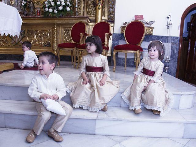La boda de Alberto  y Paqui en Coria Del Rio, Sevilla 11