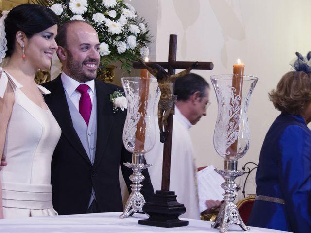 La boda de Alberto  y Paqui en Coria Del Rio, Sevilla 13