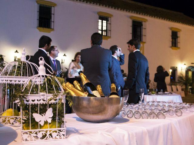 La boda de Alberto  y Paqui en Coria Del Rio, Sevilla 25