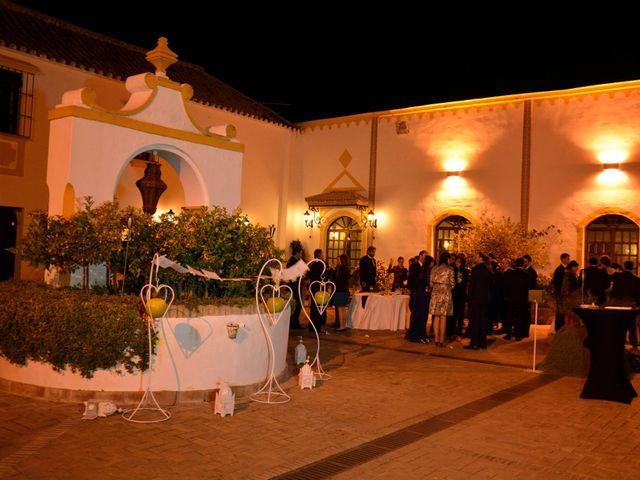 La boda de Alberto  y Paqui en Coria Del Rio, Sevilla 27