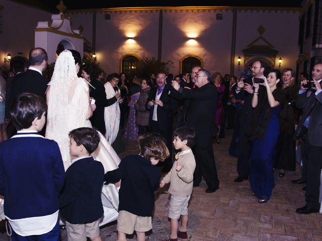 La boda de Alberto  y Paqui en Coria Del Rio, Sevilla 33