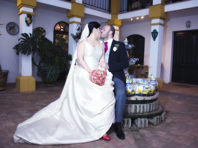 La boda de Alberto  y Paqui en Coria Del Rio, Sevilla 37