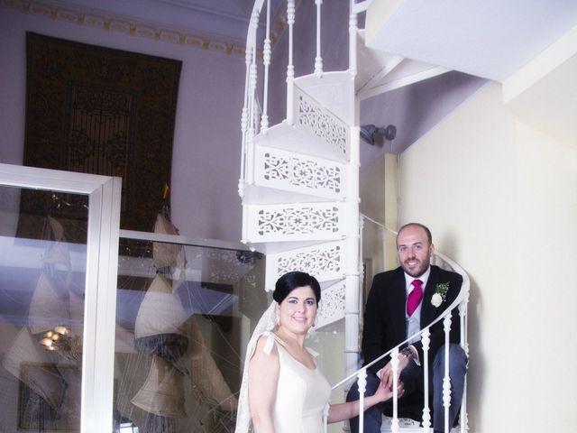 La boda de Alberto  y Paqui en Coria Del Rio, Sevilla 40