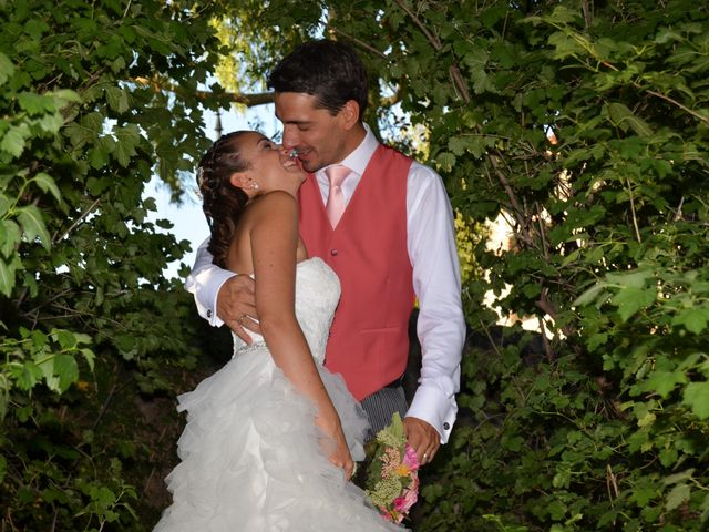 La boda de Damian y Almudena en Navaluenga, Ávila 15