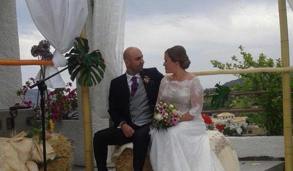 La boda de Javi y Pilar en Benimantell, Alicante