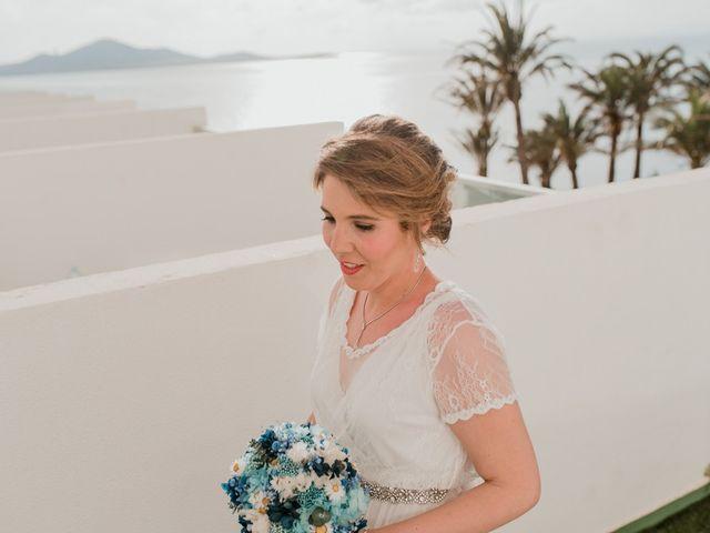 La boda de Javier y Irene en La Manga Del Mar Menor, Murcia 33