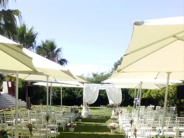 La boda de Alejandro y Beatriz Mª en Peñaflor, Sevilla 6