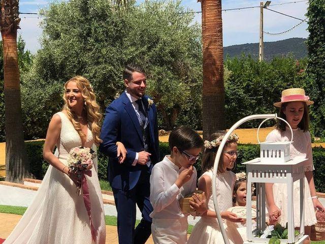 La boda de Alejandro y Beatriz Mª en Peñaflor, Sevilla 10