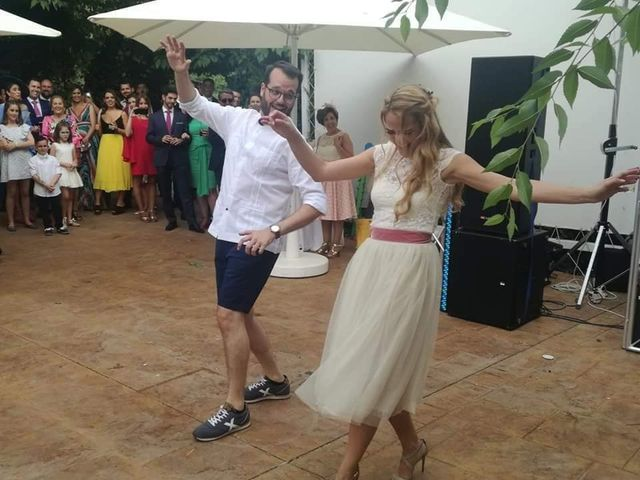 La boda de Alejandro y Beatriz Mª en Peñaflor, Sevilla 11