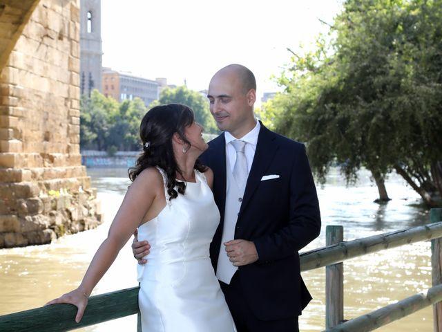 La boda de Marco y María en Cadrete, Zaragoza 22