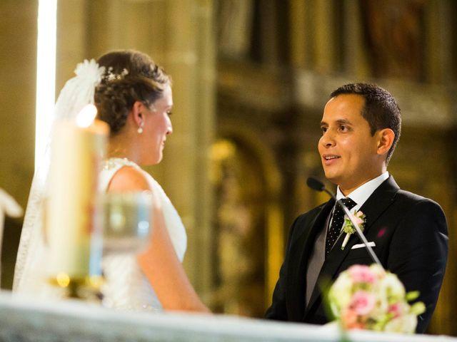 La boda de Salvador y Elena en Hondarribia, Guipúzcoa 6