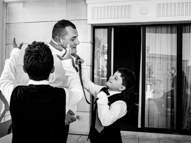 La boda de Manuel y Pilar en Valencia, Valencia 53