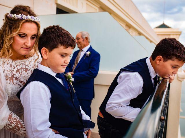 La boda de Manuel y Pilar en Valencia, Valencia 97