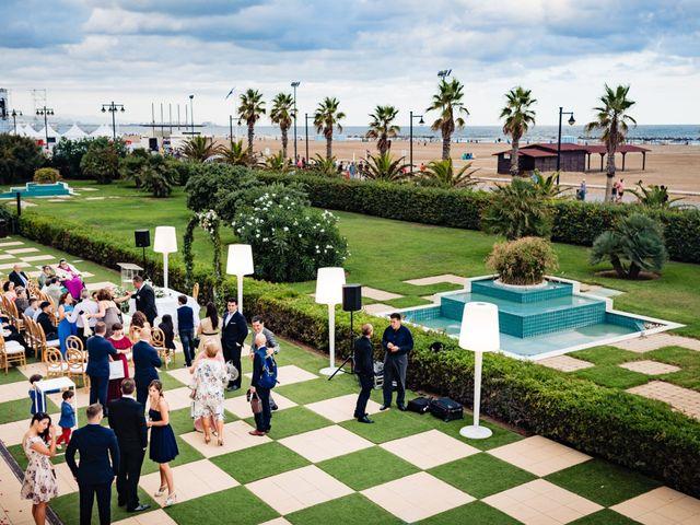 La boda de Manuel y Pilar en Valencia, Valencia 113
