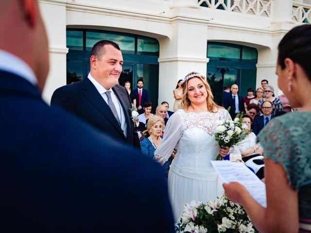 La boda de Manuel y Pilar en Valencia, Valencia 146