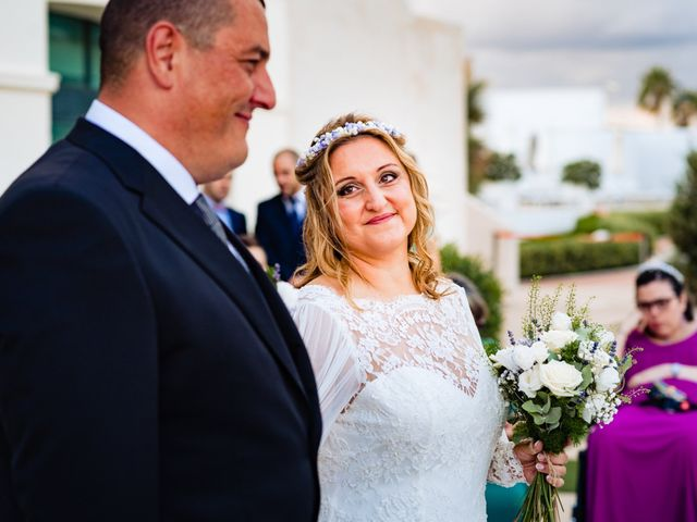 La boda de Manuel y Pilar en Valencia, Valencia 150