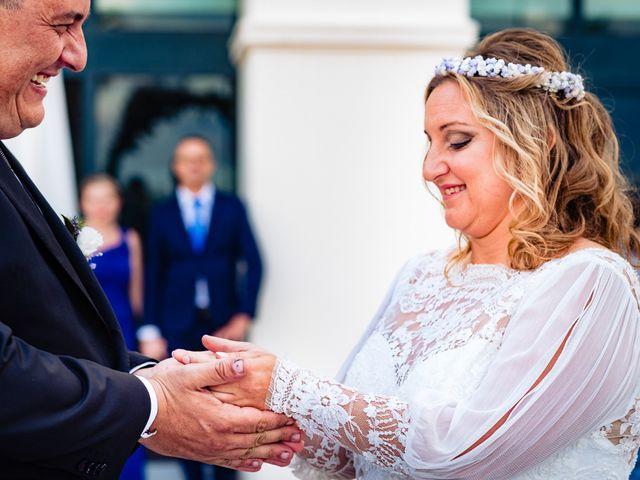 La boda de Manuel y Pilar en Valencia, Valencia 163